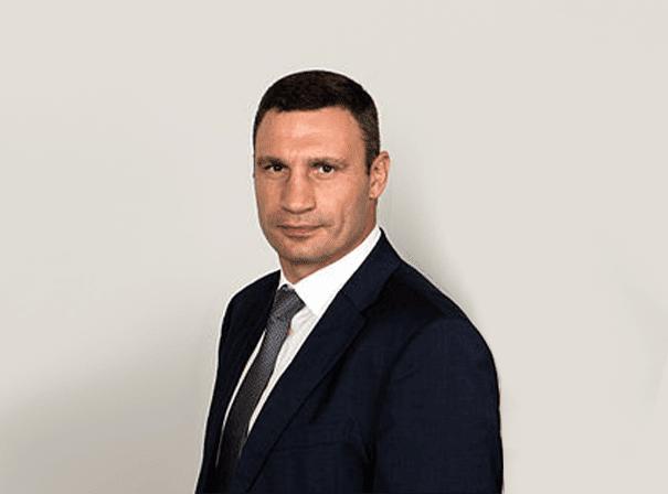 Viali-Klitschko-mn2s